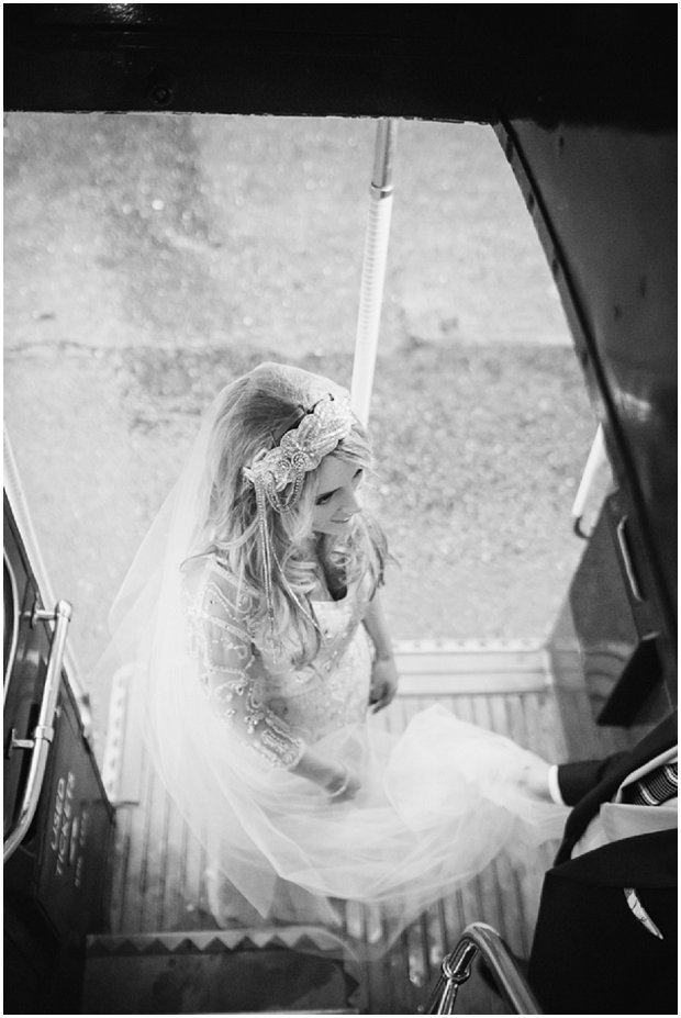 Gorgeous Winter Wedding With Christmas Touches_0105