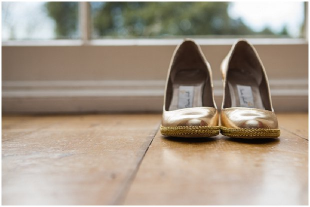 Hints of Gold Sparkly Sequins & Glitter Styled Shoot at The Fennes_0002