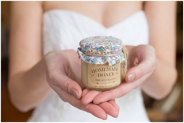 Hints of Gold Sparkly Sequins & Glitter Styled Shoot at The Fennes_0055