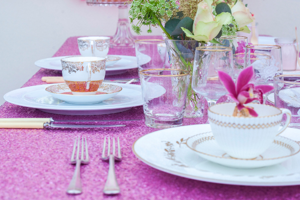 4 Amazing Wedding Prop & Accessory Trends For 2014 - Sequin Table Cloths