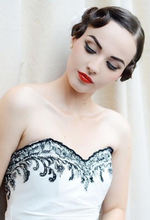 Bridal Make-up Tutorial: Modern Vintage | Eyeliner + Lips