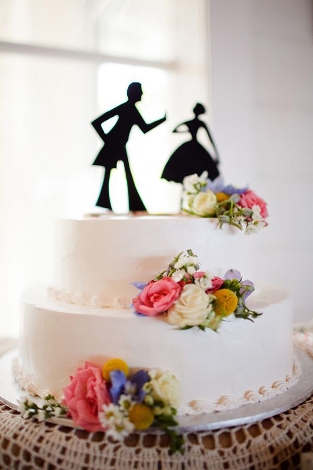Bride and Groom Silhoutte Cake Topper