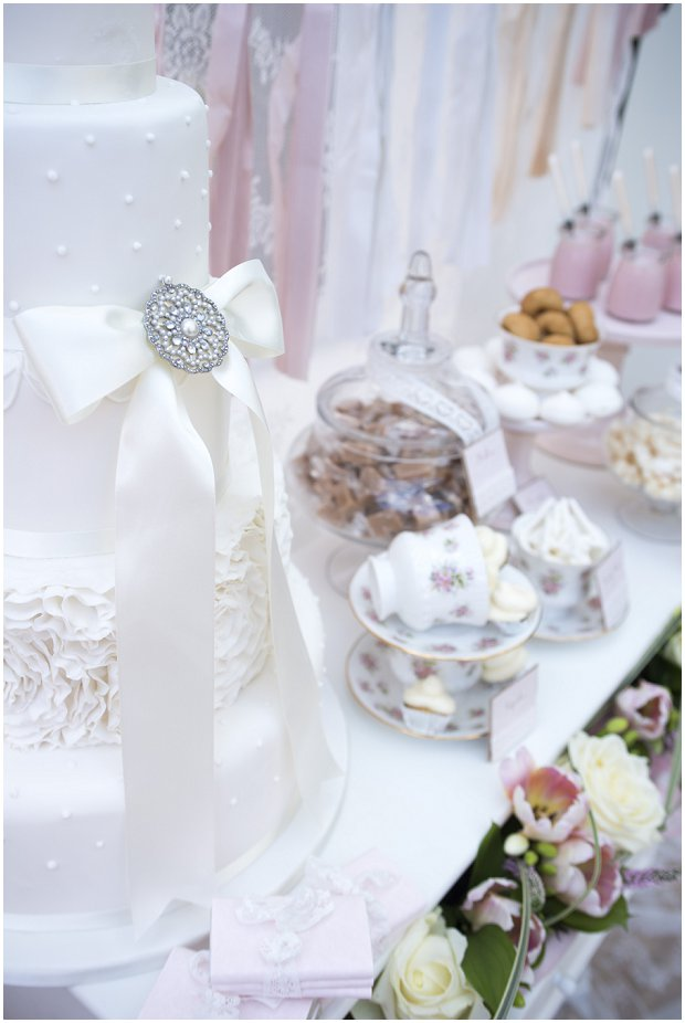 romantic, vintage inspired dessert table with a soft colour palette of pinks, ivory's and nudes_0020