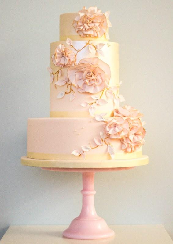 floral couture wedding cake trend rosalind miller luxury wedding cakes. Black Bedroom Furniture Sets. Home Design Ideas