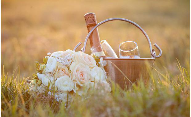 Vintage-Chic-Eclectic-Australian-Real-Wedding-Tim-Elyse_0025