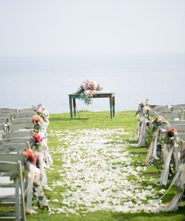 Magical Wedding Backdrop Ideas: Top 15 Magical Wedding Ideas