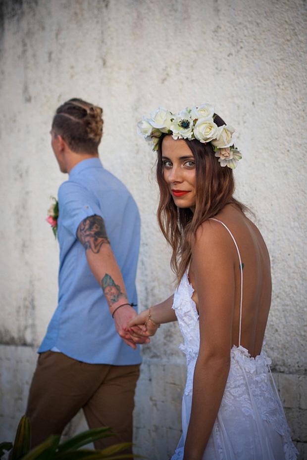 ab23bef5806c4 Ultimate boho wedding dresses  the bohemian bride - crazyforus