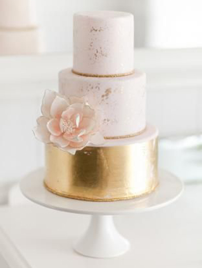 faded gold wedding cake