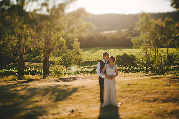 A Natural & Romantic Wedding With Homemade Details: Kim & Chris