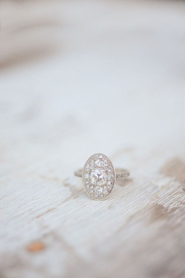 Vintage Oval Engagement Ring