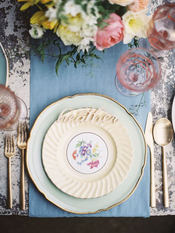 blue & blush table setting