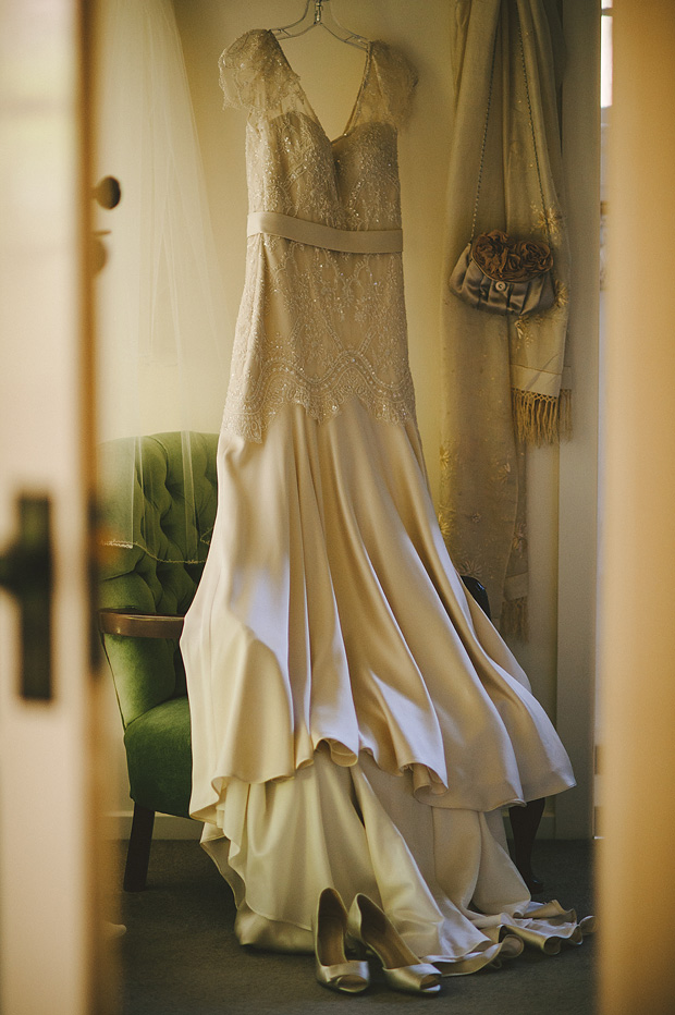 Antique style wedding dress with lace