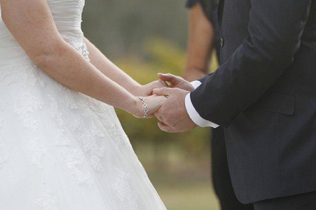 Hazel Buckley Photography - Classic White Wedding_0009