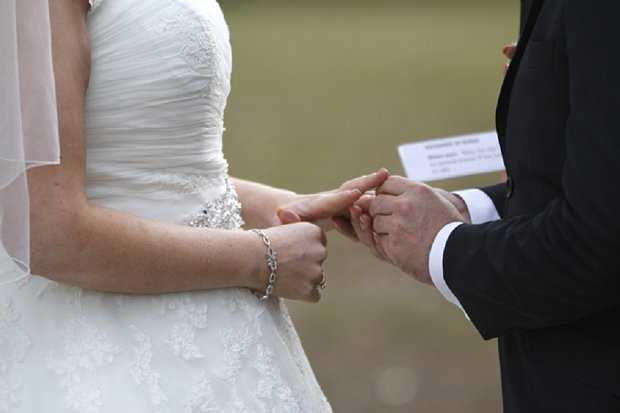 Hazel Buckley Photography - Classic White Wedding_0011