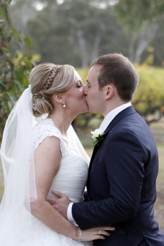 Hazel Buckley Photography - Classic White Wedding_0013