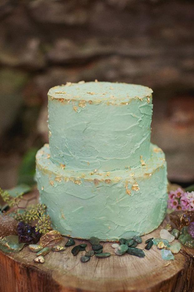 Sea foam and gold wedding cake