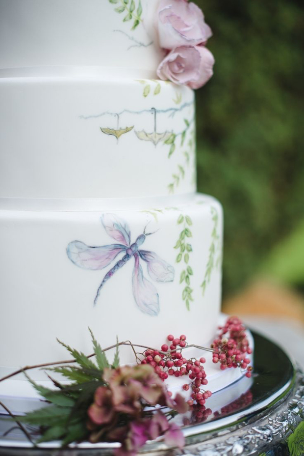 painted wedding cakes uk 22 painted wedding cakes that will inspire you 18106