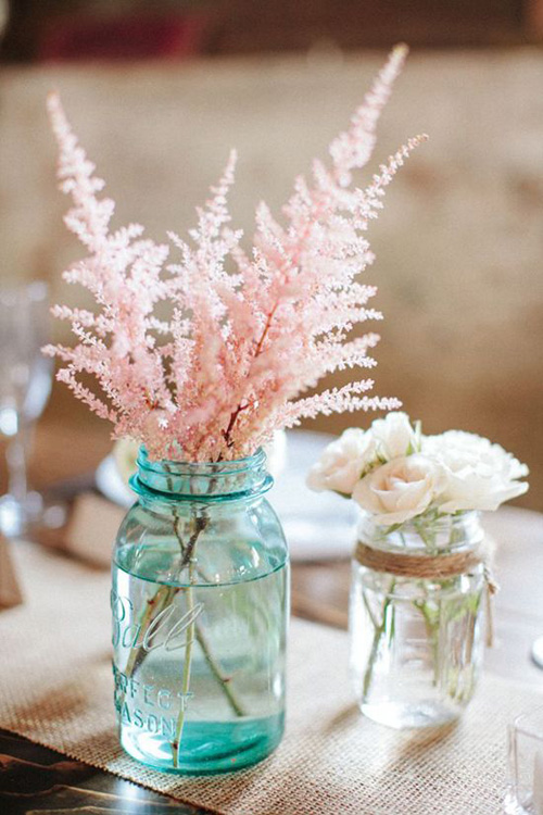 turquiose mason jar and pink astibe