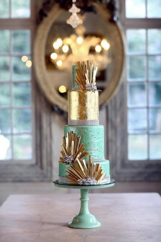 Lucite Green & Gold Wedding Cake