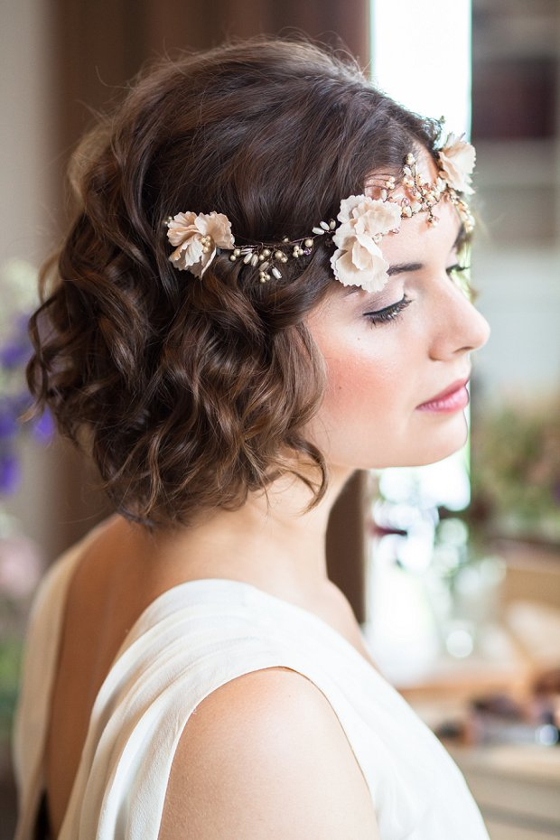 Beautiful & Unique Hair Accessory Ideas For Your Wedding Day_0020