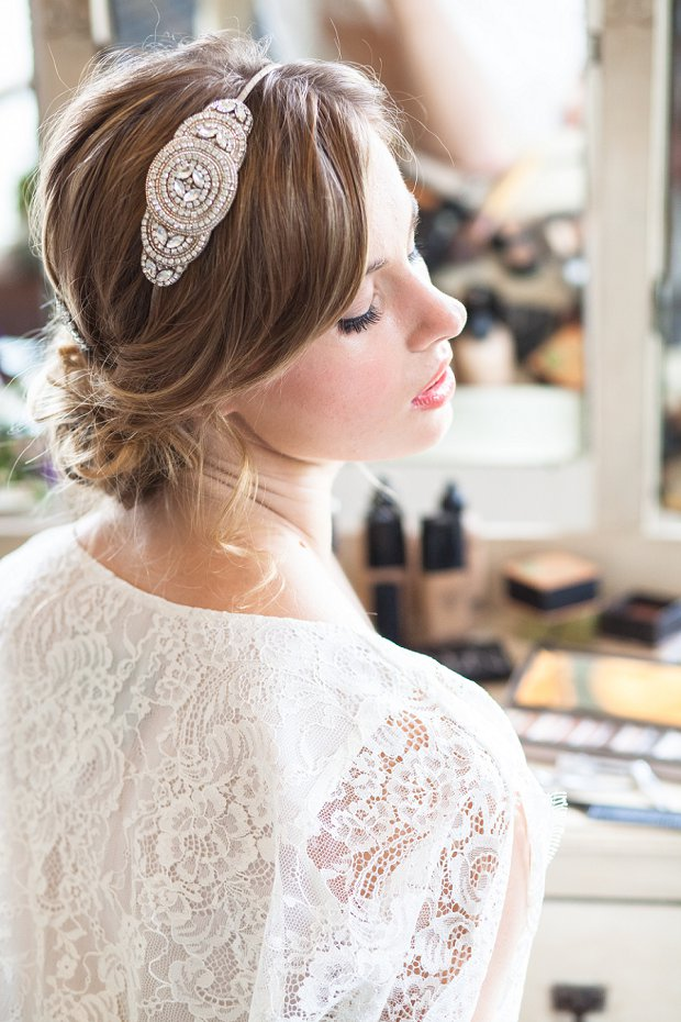 Beautiful & Unique Hair Accessory Ideas For Your Wedding Day_0025