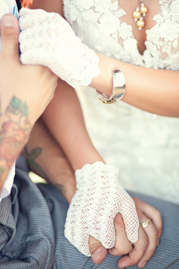 chic wedding gloves