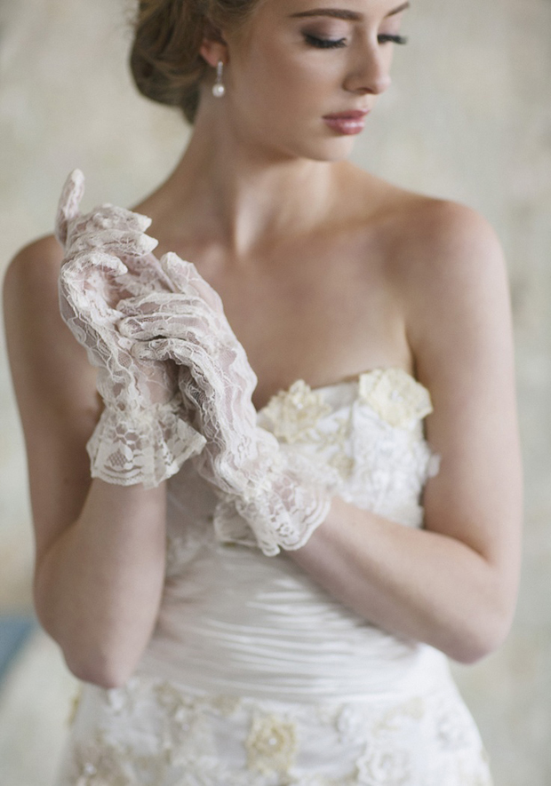 Wedding Trends: Gorgeous Gloves Gloves Gloves!