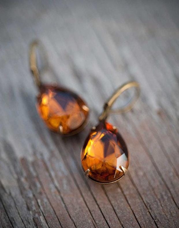 Amber Dust! Pretty Amber Coloured Wedding Ideas