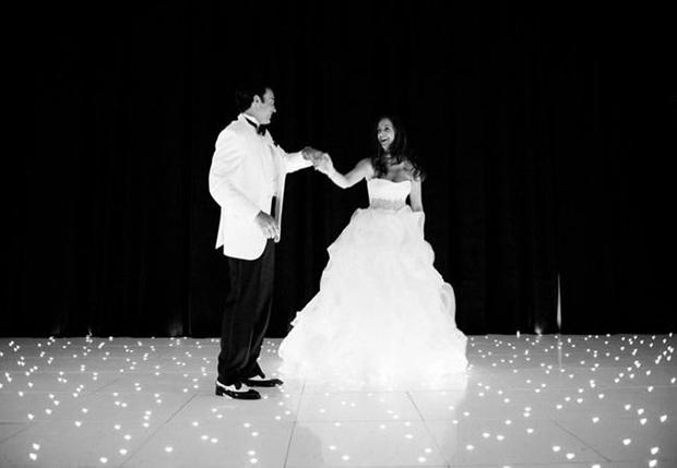 Black & White Image Bride & Groom Dance Floor