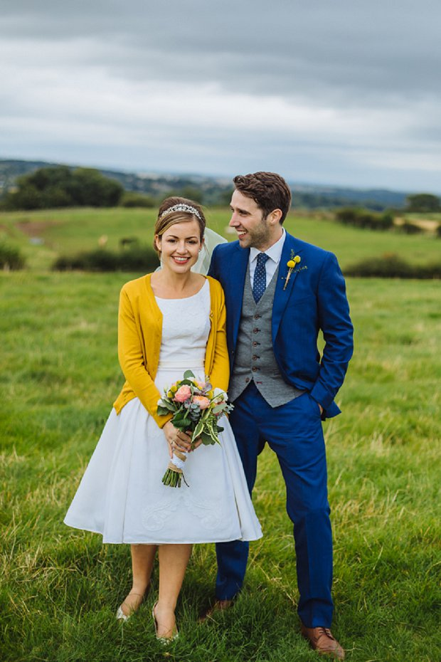 blue mustard rustic wedding with 50s dress 1000 origami cranes kirsty paul. Black Bedroom Furniture Sets. Home Design Ideas