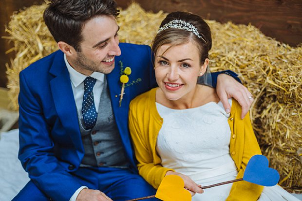 Blue & Mustard Rustic Barn Wedding With 50s Wedding Dress_0066