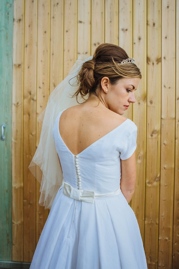Blue & Mustard Rustic Barn Wedding With 50s Wedding Dress_0071