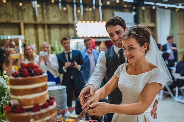 Blue & Mustard Rustic Barn Wedding With 50s Wedding Dress_0114