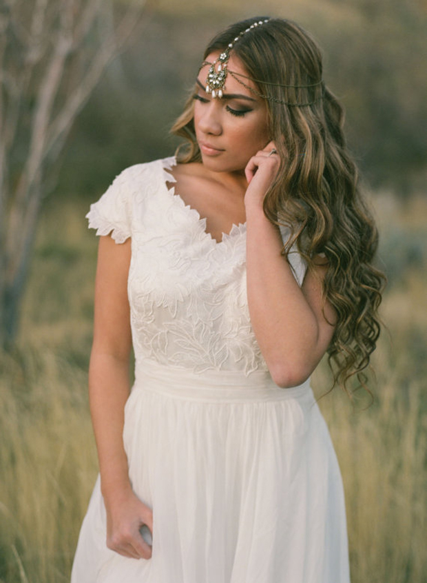 Boho Forehead Bands & Beautiful Halo Crowns | Bridal Style