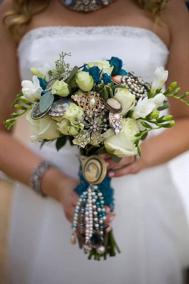 alternative winter wedding bouquet