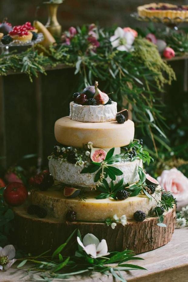 oak tree stump for cheese wedding cake