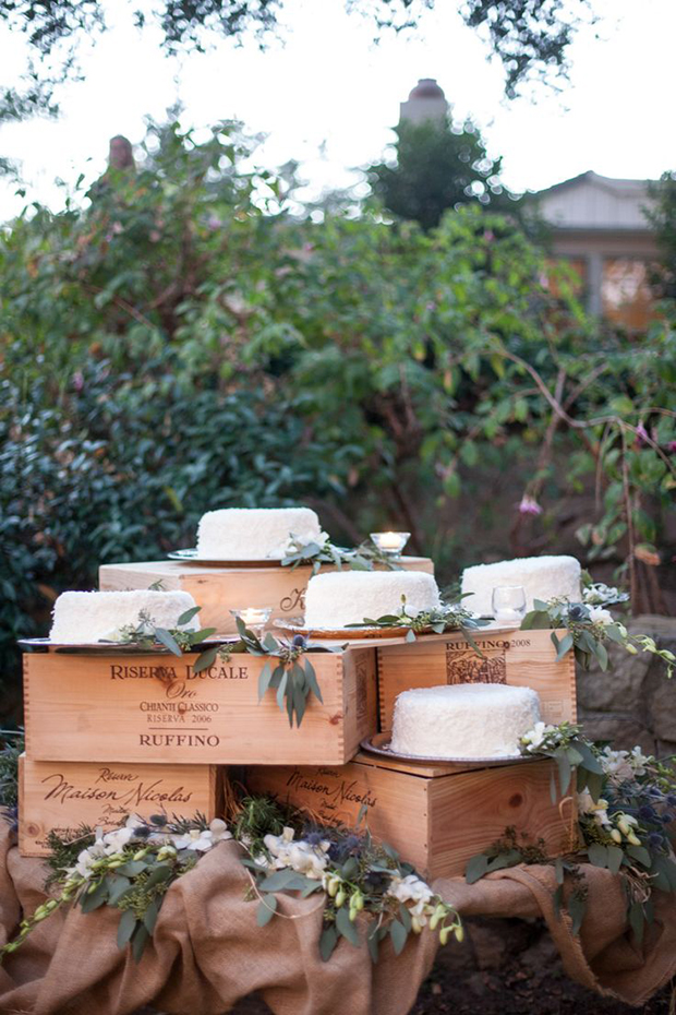 white cake and rustic boxes for winter wedding
