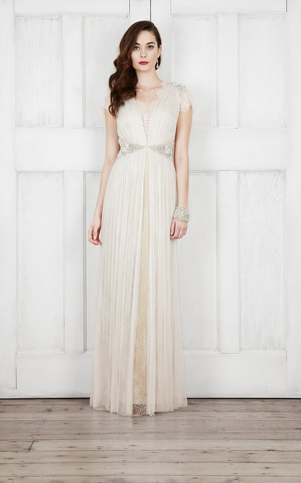 Catherine Deane Bridal 2015 Wedding Dresses For Modern Brides Looking For a Touch of Romantic Nostalgia_0026