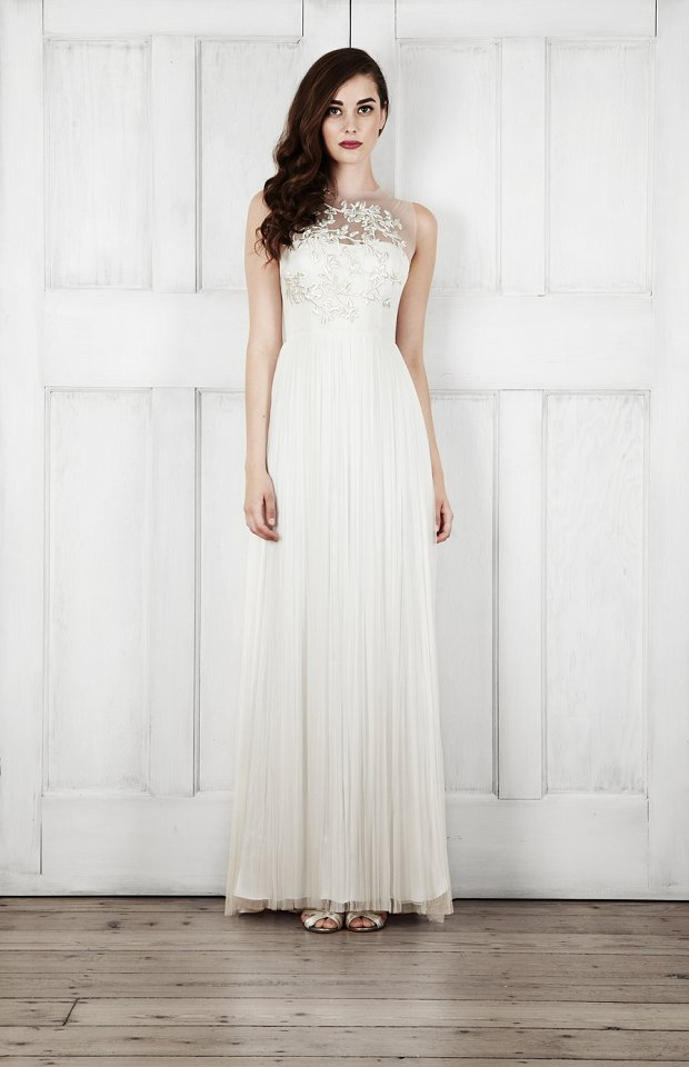 Catherine Deane Bridal 2015 Wedding Dresses For Modern Brides Looking For a Touch of Romantic Nostalgia_0034
