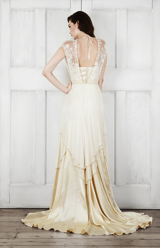 Catherine Deane Bridal 2015 Wedding Dresses For Modern Brides Looking For a Touch of Romantic Nostalgia_0037