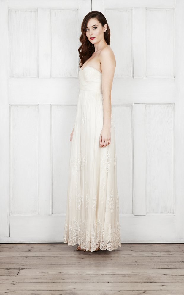 Catherine Deane Bridal 2015 Wedding Dresses For Modern Brides Looking For a Touch of Romantic Nostalgia_0045