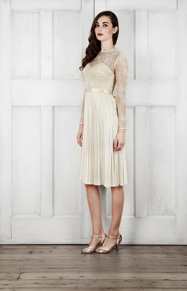 Catherine Deane Bridal 2015 Wedding Dresses For Modern Brides Looking For a Touch of Romantic Nostalgia_0053