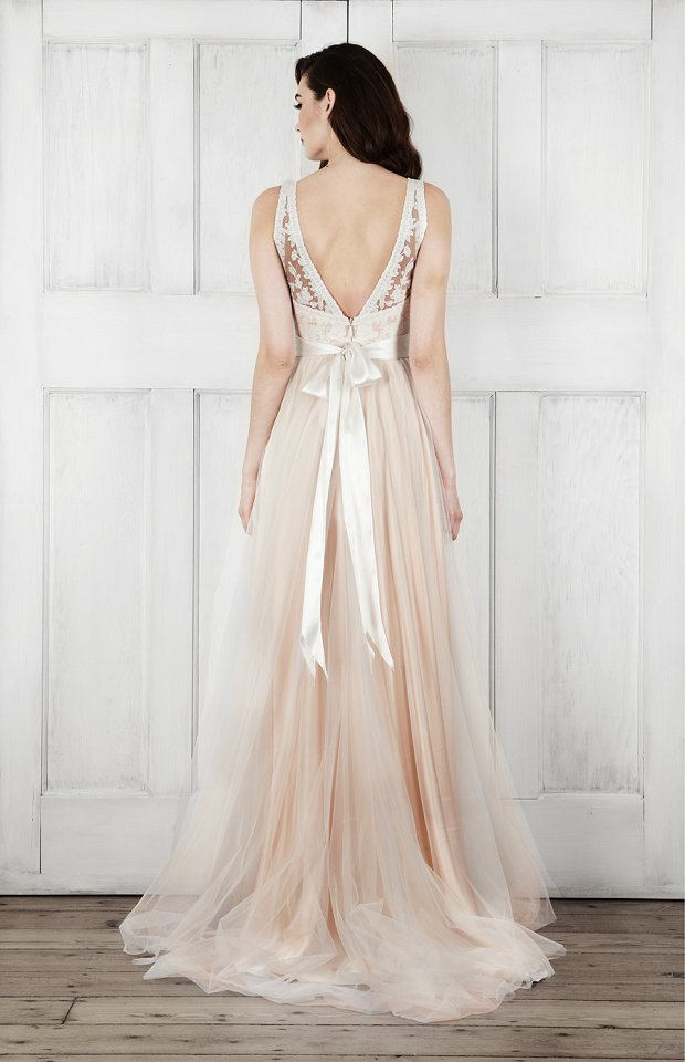 Modern Romance Wedding Dress : Modern wedding dresses romantic