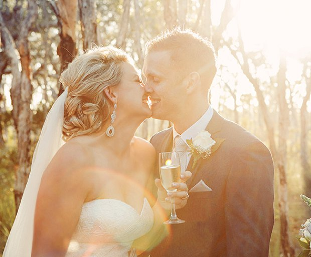 An Old School Romantic DIY Wedding With Vintage Touches_0050