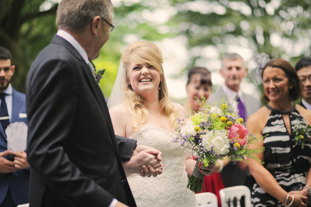 Black & White Stripes With Contrasting Floral Theme Real Weddng (12)