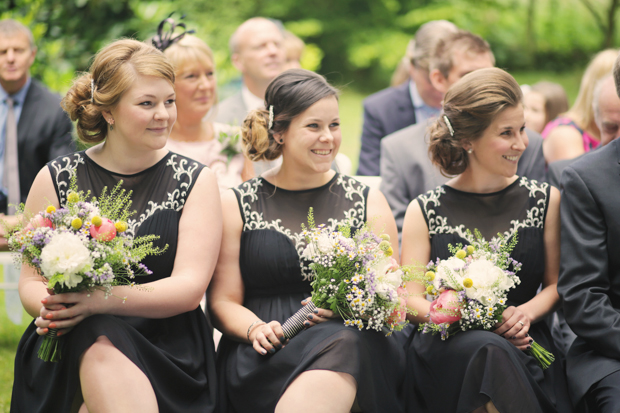 Black & White Stripes With Contrasting Floral Theme Real Weddng (15)