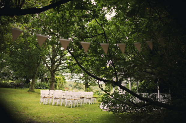 Black & White Stripes With Contrasting Floral Theme Real Weddng (9)