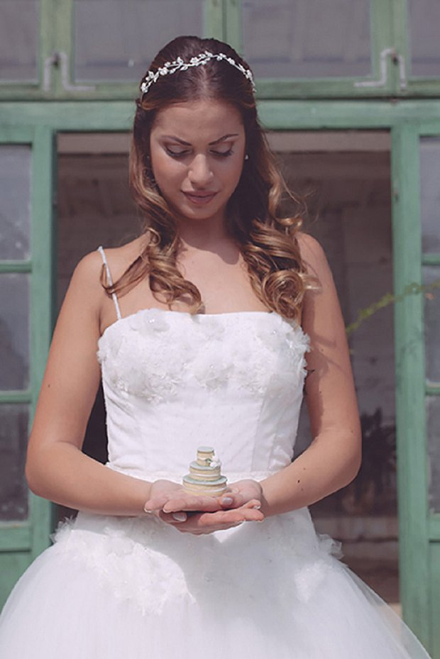 Romantic Organic Italian Villa Bridal Shoot 'September Lemons'