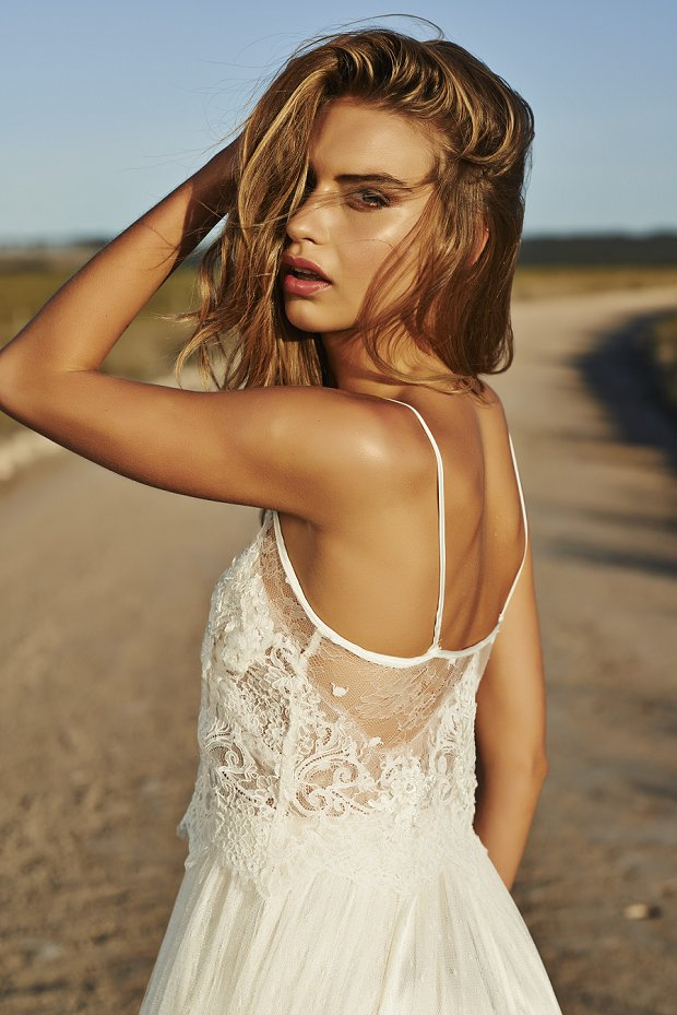 Wedding Dresses for the Unique Bride Grace Loves Lace The Golden Hour_0106
