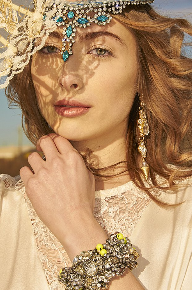 Making A Statement! A Beautiful Bohemian Bridal Shoot